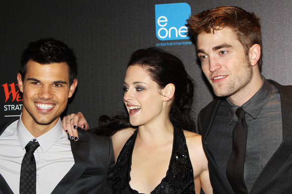 Kristen Stewart and Taylor Lautner - The UK Premiere of 'Breaking Dawn'