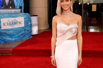 Kristin Cavallari Icelandic Glacial at the 77th Annual Golden Globe Awards On January 5, 2020 At The Beverly Hilton
