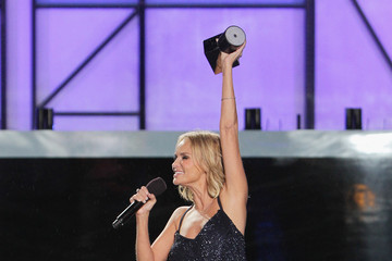 Kristin Chenoweth Logo TV's 2014 NewNowNext Awards - Show