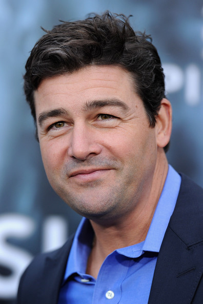 Kyle Chandler Actor Kyle Chandler arrives at the premiere of Paramount ... Tom Cruise
