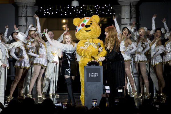 Kylie Minogue Photos Photos Covent Garden Christmas Lights Switch