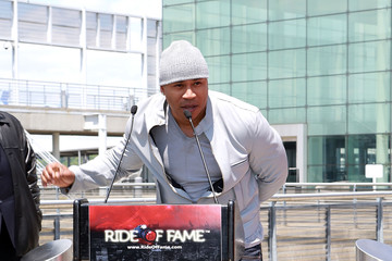 LL Cool J Gray Line Honors LL Cool J in NYC