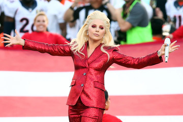 Lady Gaga Lady Gaga Sings the National Anthem at Super Bowl 50