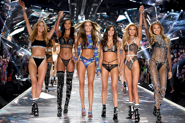 2018 Victoria's Secret Fashion Show in New York - Runway [fashion model,fashion,runway,bikini,fashion show,clothing,lingerie,model,event,competition,martha hunt,sara sampaio,stella maxwell,josephine skriver,lais ribeiro,romee strijd,new york,runway,runway,victorias secret fashion show]