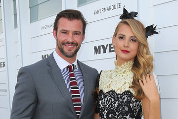 Laura Dundovic Kris Smith Celebrities Attend Stakes Day