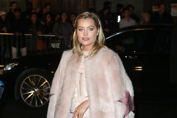 Laura Whitmore The Fashion Awards 2016 - Outside Arrivals