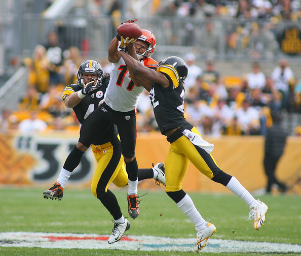 Laveranues Coles and William Gay - Cincinnati Bengals v Pittsburgh Steelers