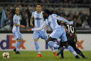 Jordan Lukaku of SS Lazio compete for the ball with Wesley Sneijder of OGC Nice during the UEFA Europa League group K match between Lazio Roma and OGC Nice at Stadio Olimpico on November 2, 2017 in Rome, Italy.