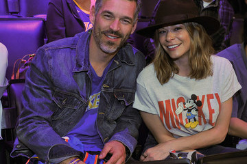 LeAnn Rimes Celebrities Visit the Los Angeles Lakers Game