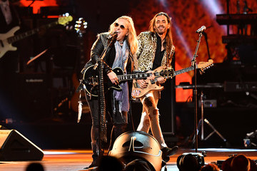 LeAnn Rimes 2020 MusiCares Person Of The Year Honoring Aerosmith - Show