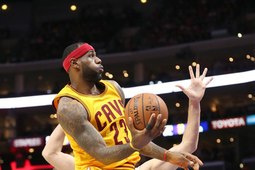 LeBron James Cleveland Cavaliers v Los Angeles Clippers