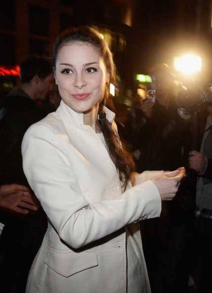 lena meyer landrut pics. Lena Meyer-Landrut arrives for