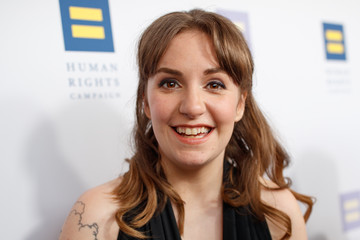 Lena Dunham The Human Rights Campaign 2017 Los Angeles Gala Dinner - Red Carpet