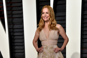 Leslie Mann 2017 Vanity Fair Oscar Party Hosted By Graydon Carter - Arrivals