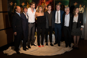 Liam Hemsworth Sam Claflin 'The Hunger Games' Stars Pose in Cannes — Part 2