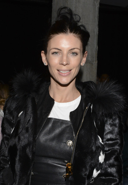 liberty ross dating 2014 Liberty ross might have married music executive jimmy iovine two weeks ago, but she's still enjoying one of the two wedding dresses she donned during the celebration last night, ross showed up to the vanity fair oscar after-party red carpet wearing the silk ivory gown she sported for the beach.