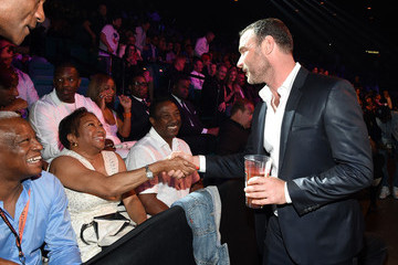 Liev Schreiber Ringside At 'Mayweather VS Pacquiao'