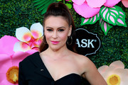 Alyssa Milano attends Lifetime's Summer Luau at W Los Angeles - Westwood on May 20, 2019 in Los Angeles, California.