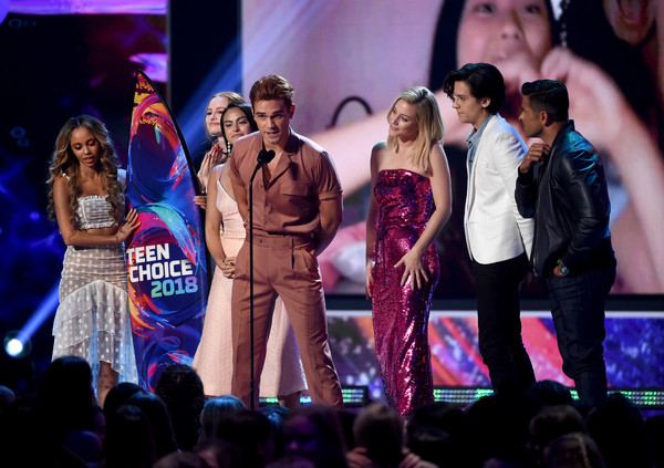 FOX's Teen Choice Awards 2018 - Show [performance,entertainment,performing arts,stage,event,public event,concert,singing,performance art,song,madelaine petsch,vanessa morgan,mark consuelos,lili reinhart,cole sprouse,kj apa,camila mendes,l-r,fox,teen choice awards]