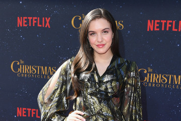 Lilimar Premiere Of Netflix's 'The Christmas Chronicles' - Arrivals