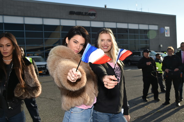Victoria's Secret Models Depart for Paris For 2016 Victoria's Secret Fashion Show