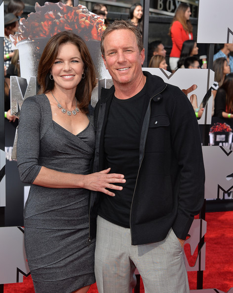 Linden Ashby Actors Susan Walters (L) and Linden Ashby attend the 2014 ...