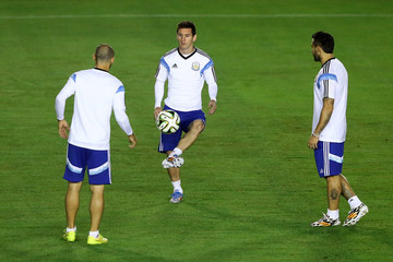 Lionel Messi Gonzalo Higuain Argentina Training and Press Conference: 2014 FIFA World Cup Brazil Final