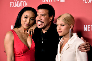Lionel Richie SAG-AFTRA Foundation Patron of the Artists Awards 2017 - Arrivals