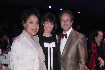 Lisa Leone 2015 YoungArts Backyard Ball, Honoring Jeff Koons And YoungArts Alumni Josh Groban And Chris Young
