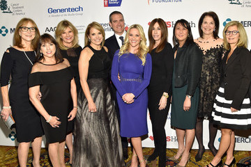 Lisa Paulsen Entertainment Industry Foundation Presents Stand Up to Cancer's New York Standing Room Only Event with Donors American Airlines, MasterCard and Merck - Red Carpet