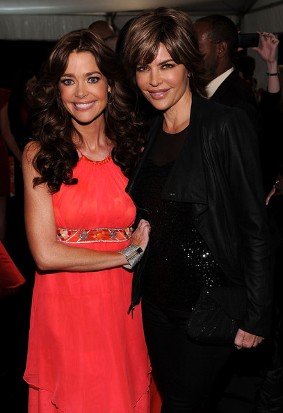 Photo of Denise Richards & her friend  Lisa Rinna