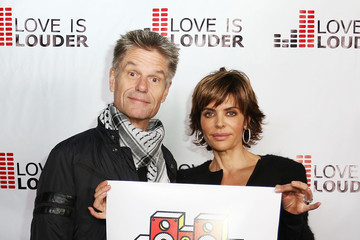 Lisa Rinna Chaz Dean's Holiday Party Benefitting the Love is Louder Movement