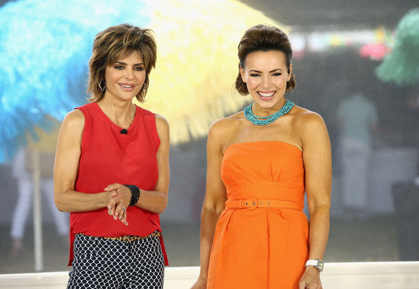 photo lisa robertson lisa rinna qvc red carpet host lisa rinna l and