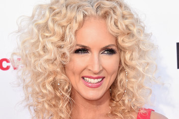 Little Big Town Kimberly Schlapman Stand Up To Cancer Marks 10 Years Of Impact In Cancer Research At Biennial Telecast - Arrivals