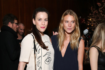 Liv Tyler Stella McCartney Autumn Presentation