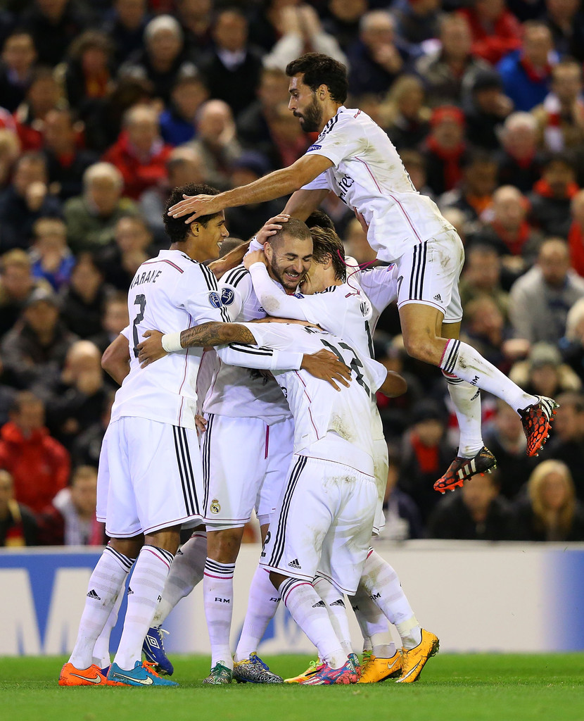 Barcelona Vs Real Madrid Or Liverpool Vs Manchester United: Karim Benzema Photos Photos