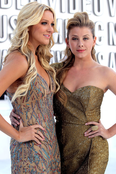 Lo bosworth fotos sensuais