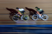 Callum Scotson of Australia (L) leads Mark Cavendish of Great Britain during the Mens Madison Chase on day four of the London Six Day Race at the Lee Valley Velopark Velodrome on October 27, 2017 in London, England.