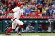 Joey Votto #19 of the Cincinnati Reds hits the ball in the first inning against the Los Angeles Dodgers at Great American Ball Park on September 10, 2018 in Cincinnati, Ohio.