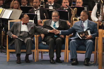 Louis Farrakhan Soul Music Icon Aretha Franklin Honored During Her Funeral By Musicians And Dignitaries