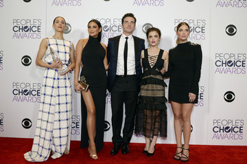 Lucy Hale Shay Mitchell People's Choice Awards 2016 - Press Room