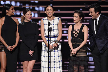 Lucy Hale Troian Bellisario People's Choice Awards 2016 - Show