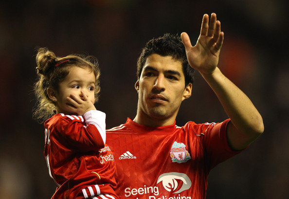 Photo of Luis Suárez & his  Daughter  Delfina Suárez