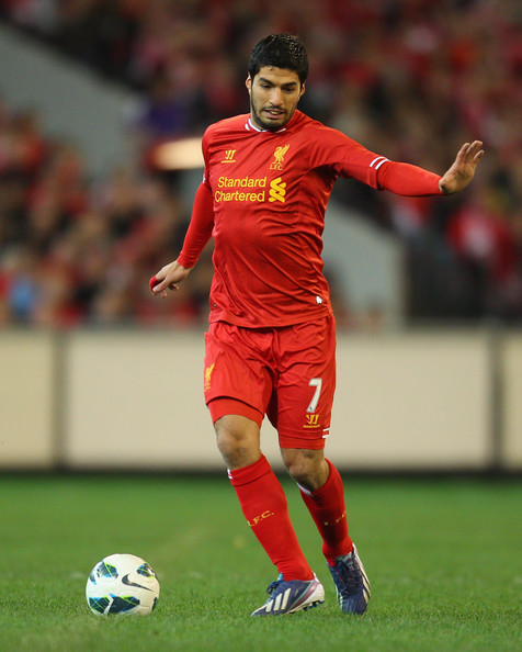 Download Liverpool Vs Middlesbrough 3 0 Epl Video: Luis Suarez Of Liverpool Runs With The Ball During The