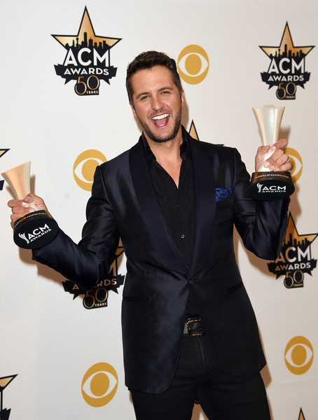 Luke bryan pictures 50th academy of country music awards for Academy of country music award for video of the year