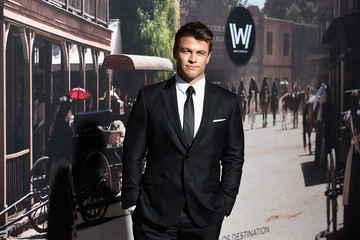 Luke Hemsworth Premiere of HBO's 'Westworld' - Arrivals