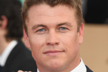 Luke Hemsworth 23rd Annual Screen Actors Guild Awards - Arrivals