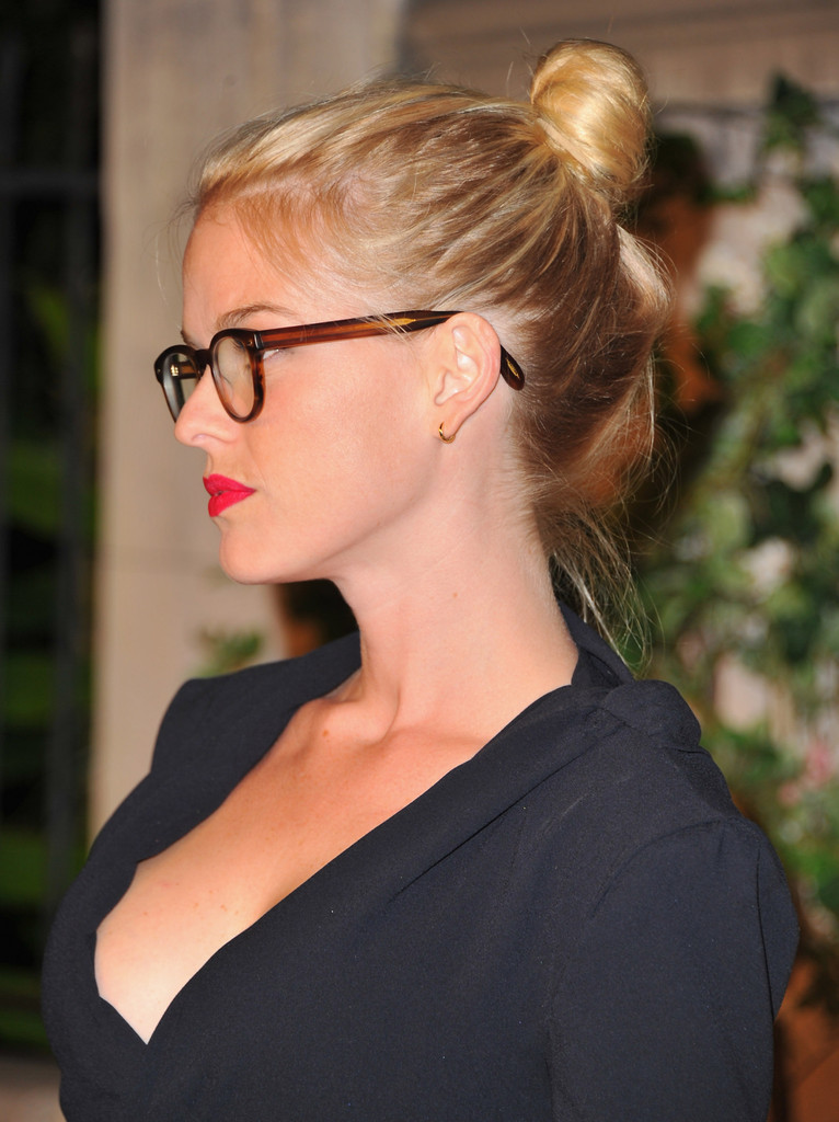 Alice Eve Alice Eve Photos Miu Miu Presents Lucrecia
