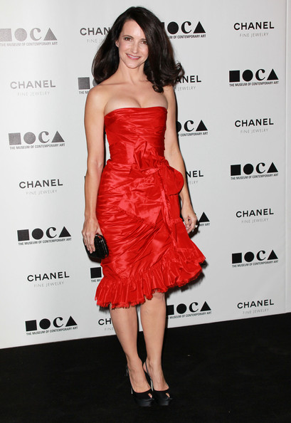 "Actress Kristin Davis arrives at ""The Artist's Museum Happening"" MOCA Los Angeles Gala held at MOCA Grand Avenue on November 13, 2010 in Los Angeles, California."