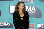 Singer Ella Eyre attends the MTV EMAs 2017 held at The SSE Arena, Wembley on November 12, 2017 in London, England.